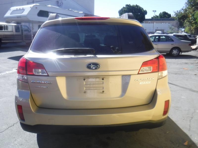 Subaru Outback 2010 price $7,900