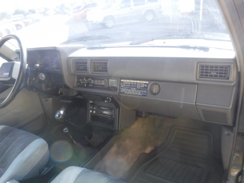 Toyota Pick up 1984 price $12,995