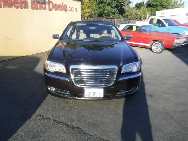 Chrysler 300 2012 price $9,250