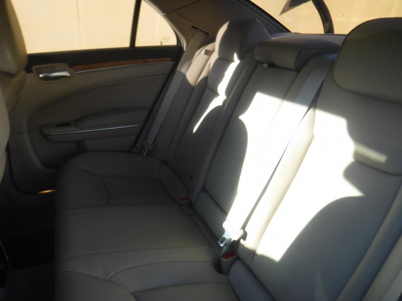 Chrysler 300 2012 price $9,250