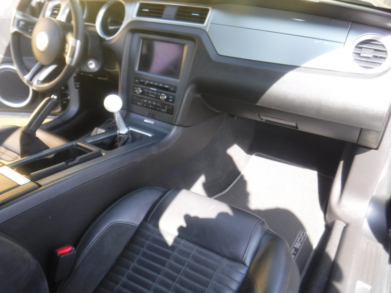 Ford Mustang 2010 price $24,800