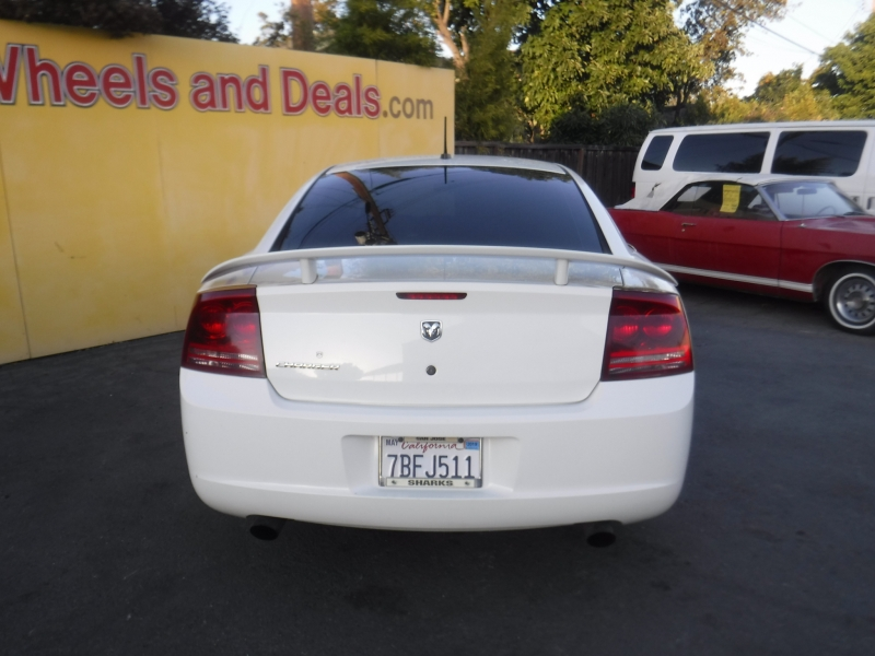 Dodge Charger 2008 price $5,500