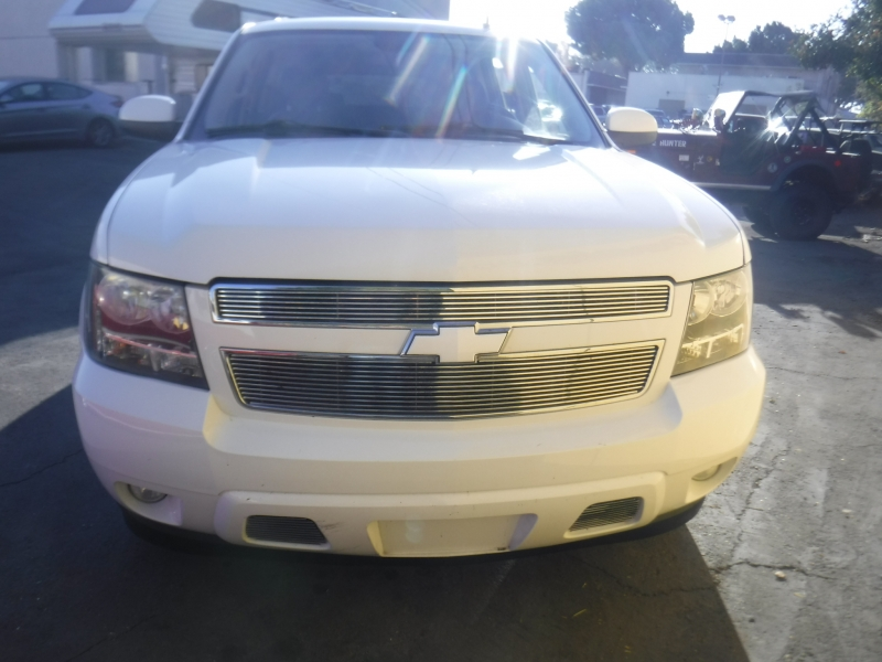 Chevrolet Suburban 2008 price $10,900