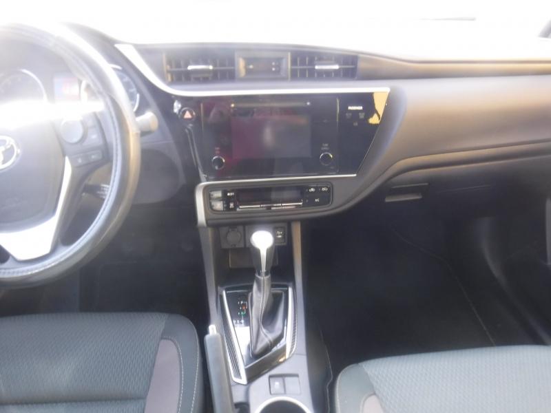 Toyota Corolla 2017 price $14,400