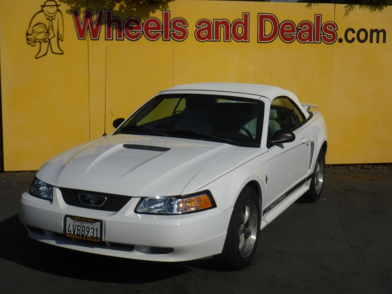 Ford Mustang 2002 price $5,300