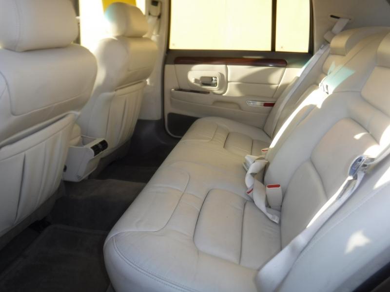 Cadillac DeVille 1999 price $3,850