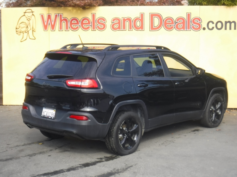 Jeep Cherokee 2018 price $16,800