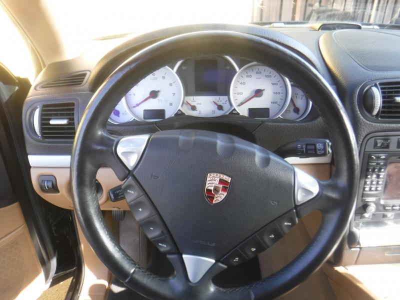Porsche Cayenne 2006 price $8,200