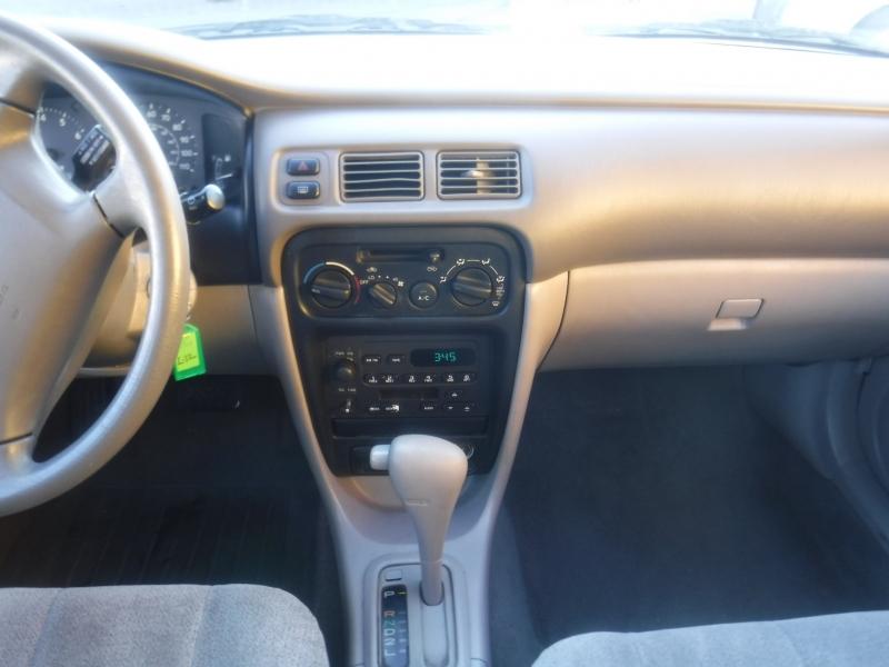Chevrolet Prism 2000 price $2,950