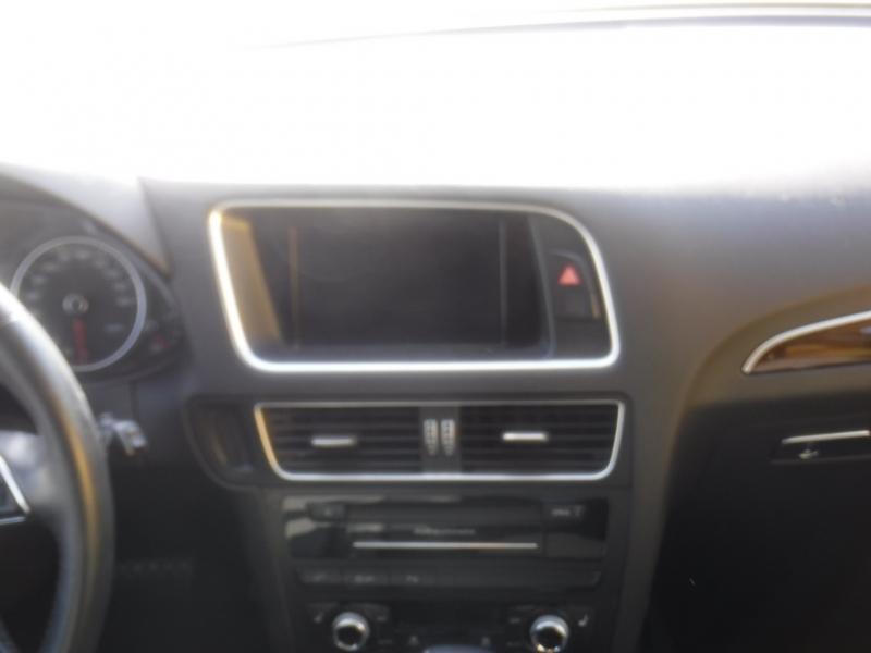 Audi Q5 2015 price $21,800