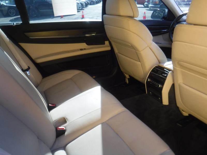 BMW 750 2009 price $10,900