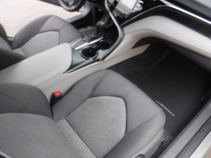 Toyota Camry 2018 price $21,000