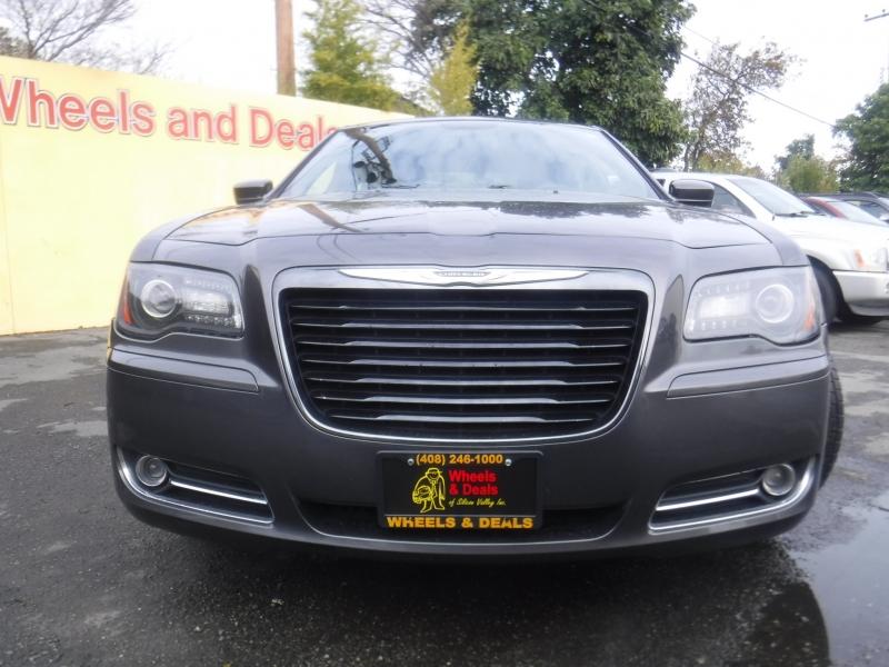 Chrysler 300 2014 price $14,850