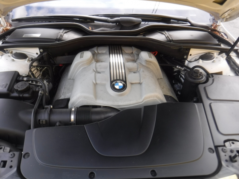 BMW 745Li 2004 price $10,500