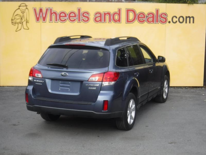 Subaru Outback 2013 price $10,999