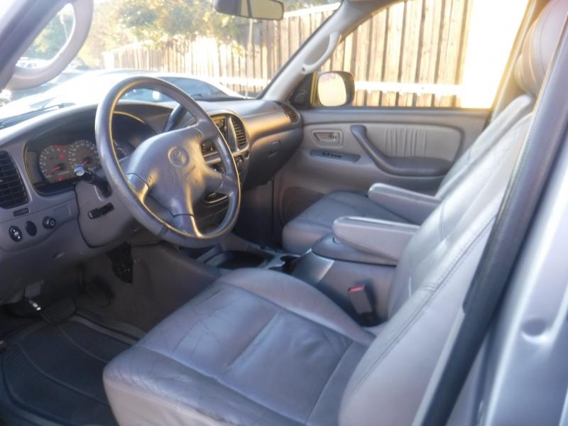 Toyota Sequoia 2001 price $4,500