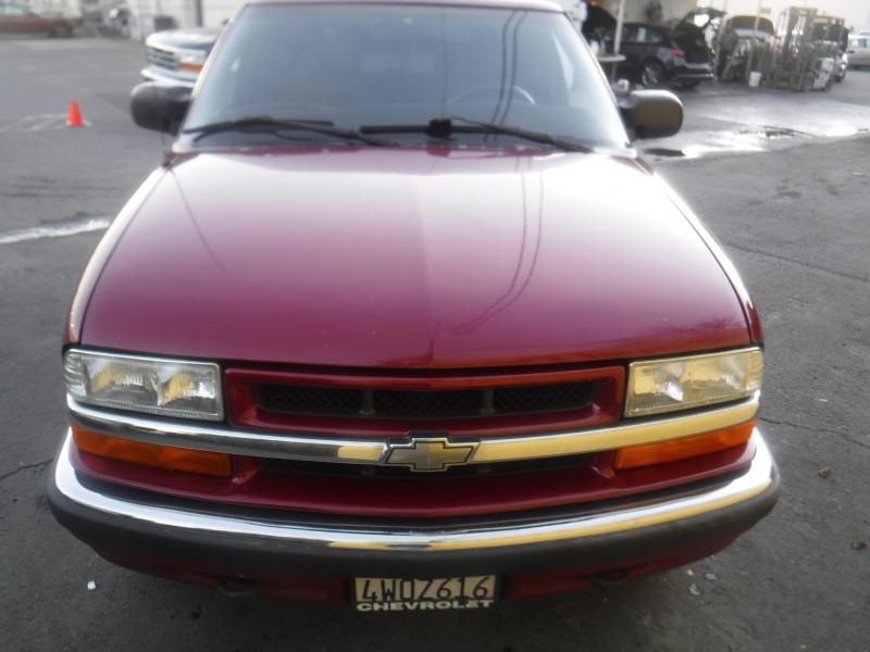 Chevrolet Blazer 2001 price $2,899
