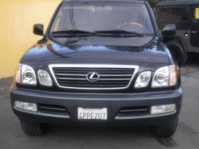 Lexus LX470 2001 price $4,995
