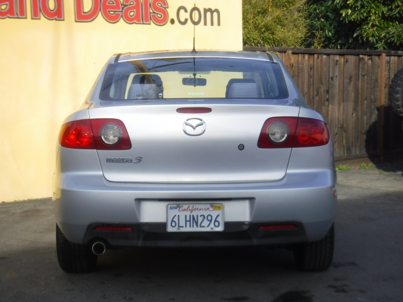 Mazda Mazda3 i 2005 price $2,995