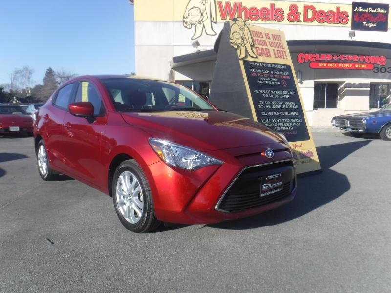 Toyota Yaris 2018 price $12,999