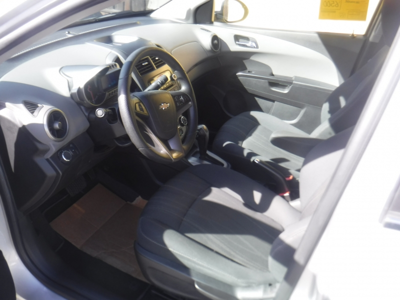 Chevrolet sonic 2014 price $6,500