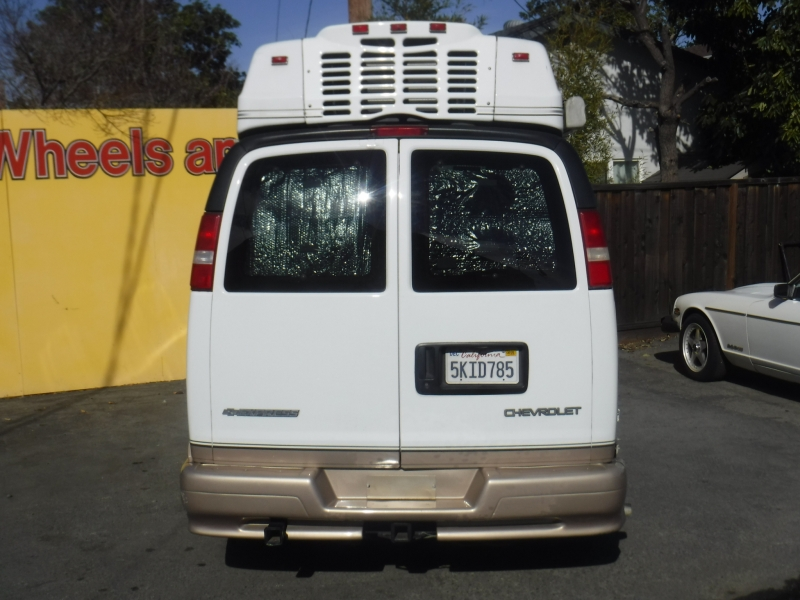 Chevrolet Express 3500 2004 price $25,999