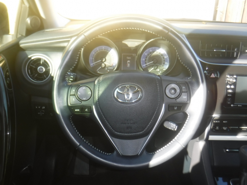 Toyota Corolla 2018 price $12,900