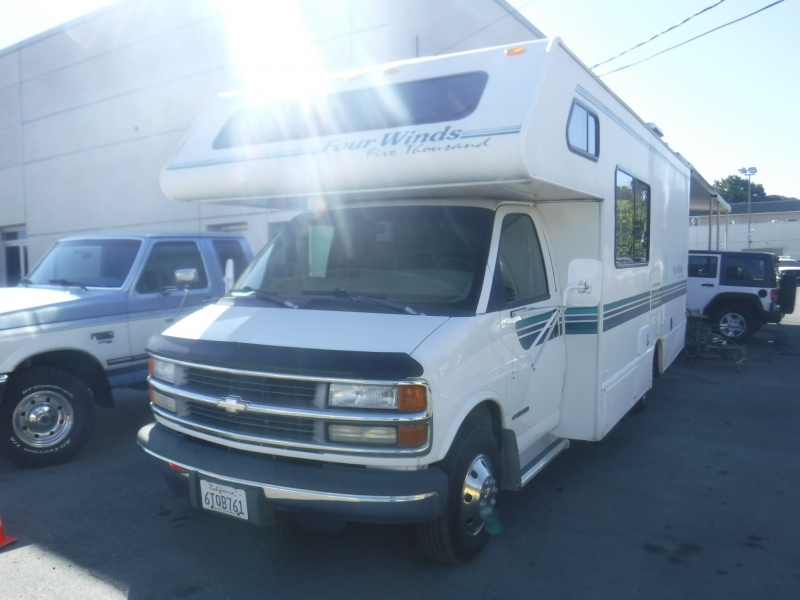 Chevrolet Four Winds 1999 price $15,500