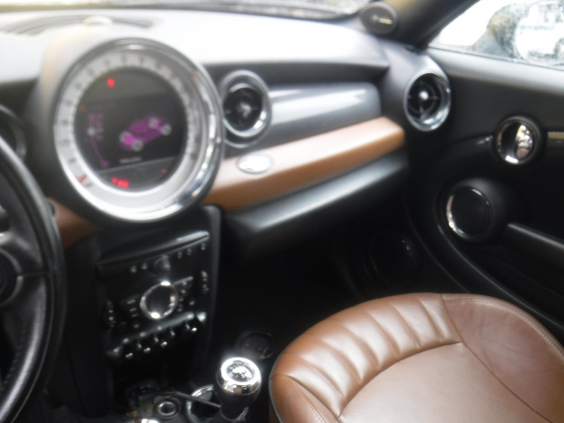 Mini Cooper 2013 price $7,995