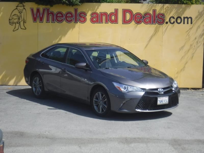 Toyota Camry 2016 price $11,800