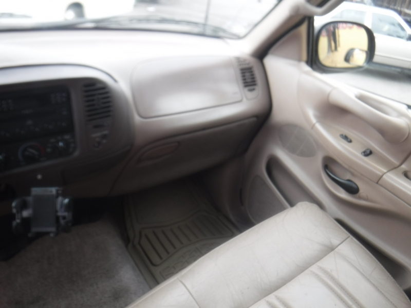 Ford F-150 1997 price $4,700