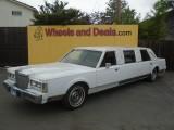 Lincoln limousine 1985