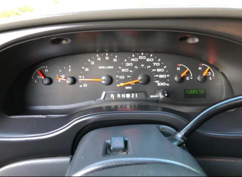 Ford Econoline Cargo Van 2007 price $5,995
