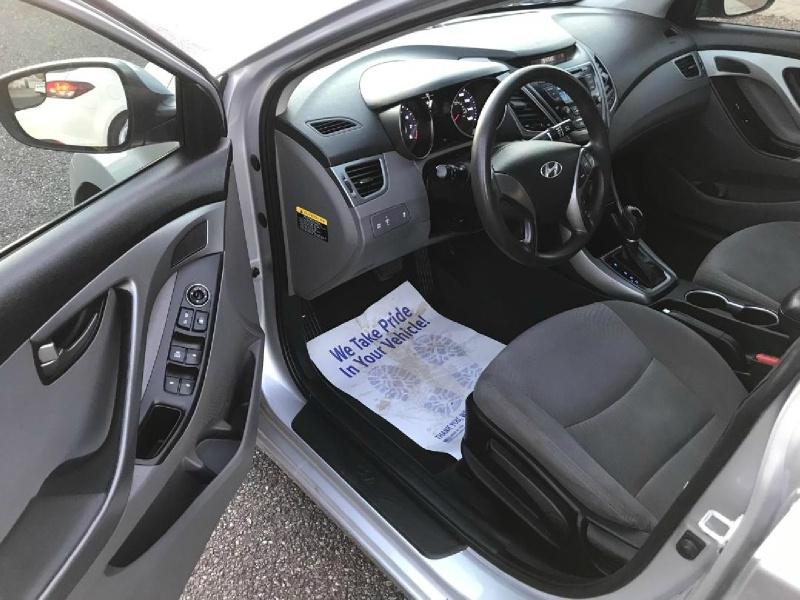 Hyundai Elantra 2014 price $5,995