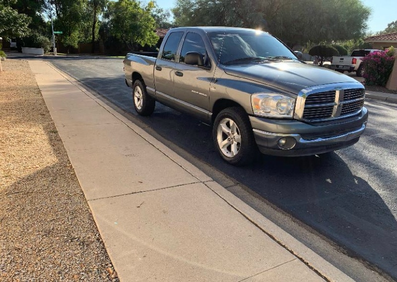 Dodge Ram 1500 SLT Quad Cab 2007 price $7,995