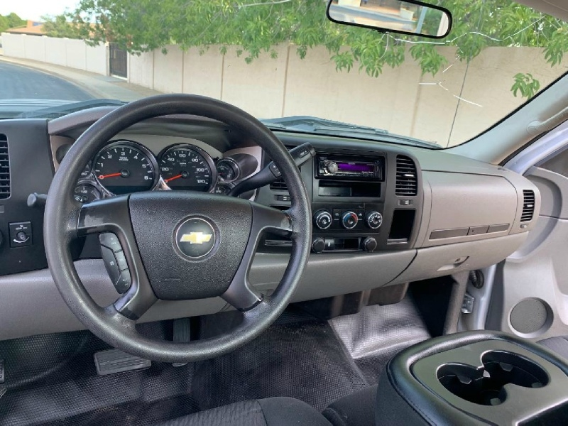 Chevrolet Silverado 2500HD 2013 price $7,995