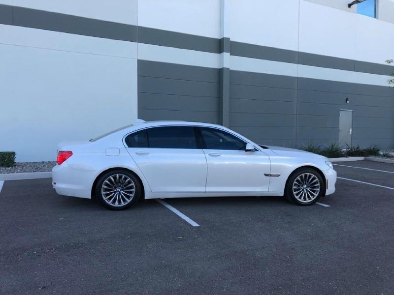 BMW 7-Series 2011 price $8,995