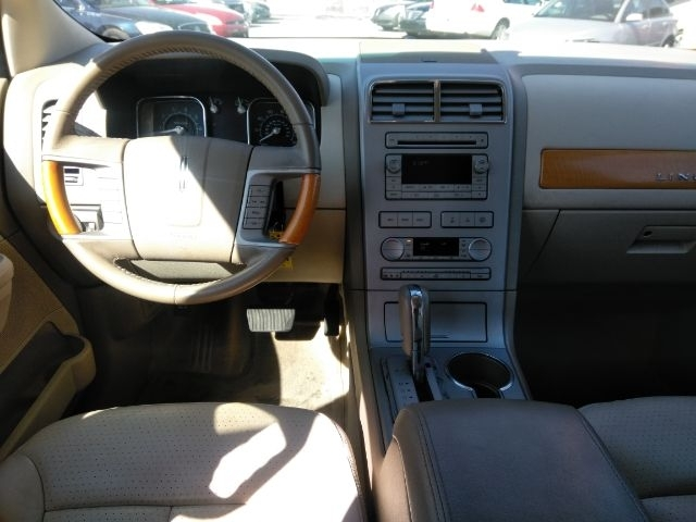 Lincoln MKX 2007 price Call for Pricing.