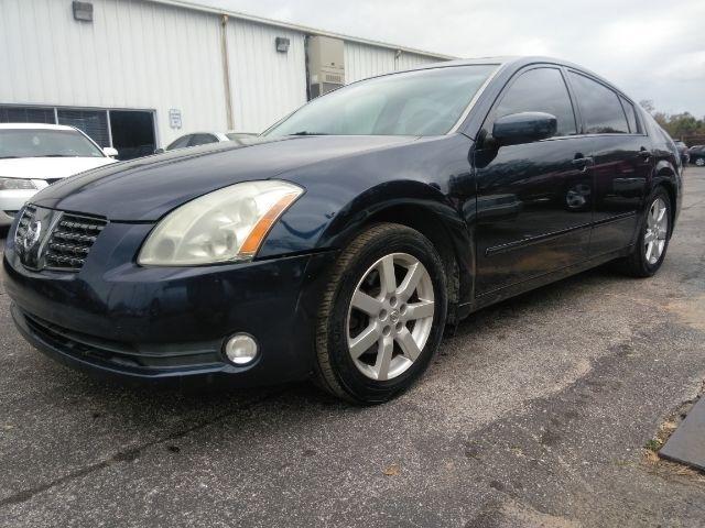 Nissan Maxima 2004 price $999