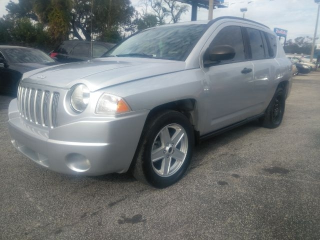 Jeep Compass 2007 price $4,999