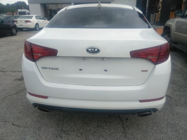 Kia Optima 2011 price Call for Pricing.