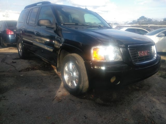 GMC Envoy 2004 price $3,999