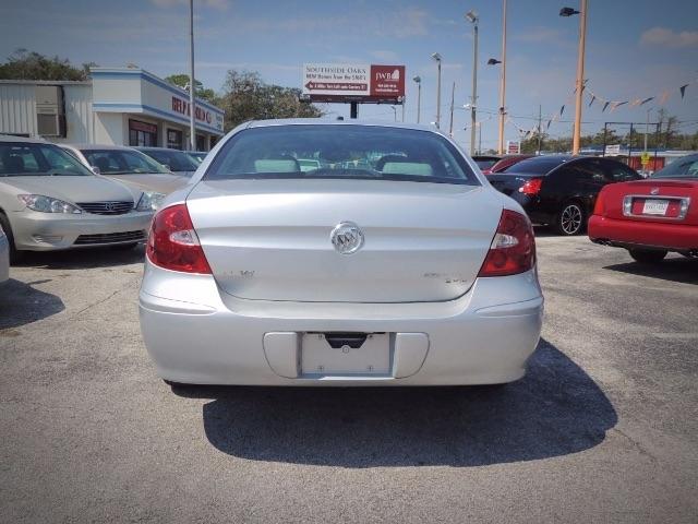 Buick LaCrosse 2005 price $2,999