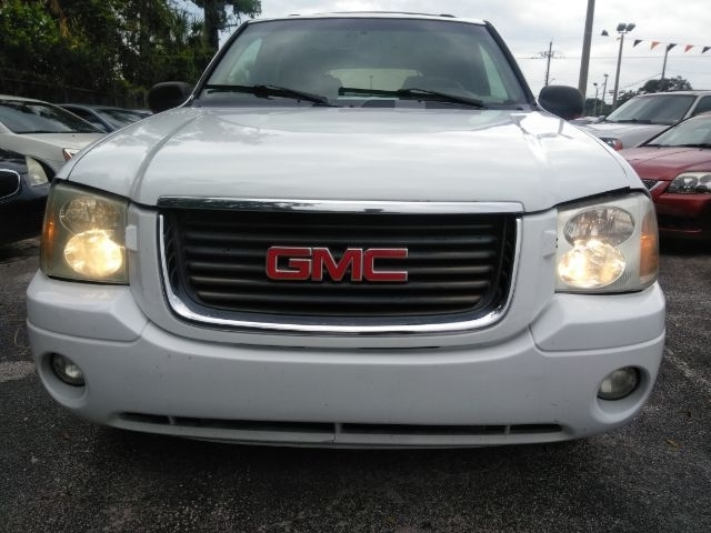 GMC Envoy 2002 price $1,999