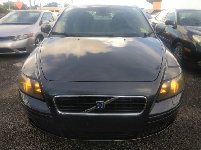 Volvo S40 2007 price Call for Pricing.