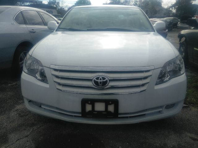 Toyota Avalon 2007 price $5,999