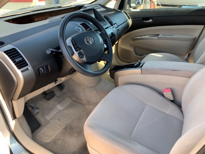 Toyota Prius 2005 price $8,995