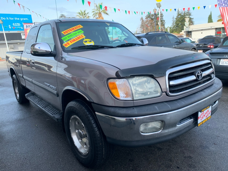 Toyota Tundra 2002 price $9,995
