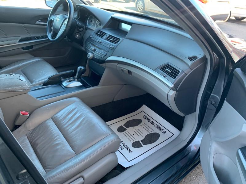 Honda Accord 2009 price $8,495
