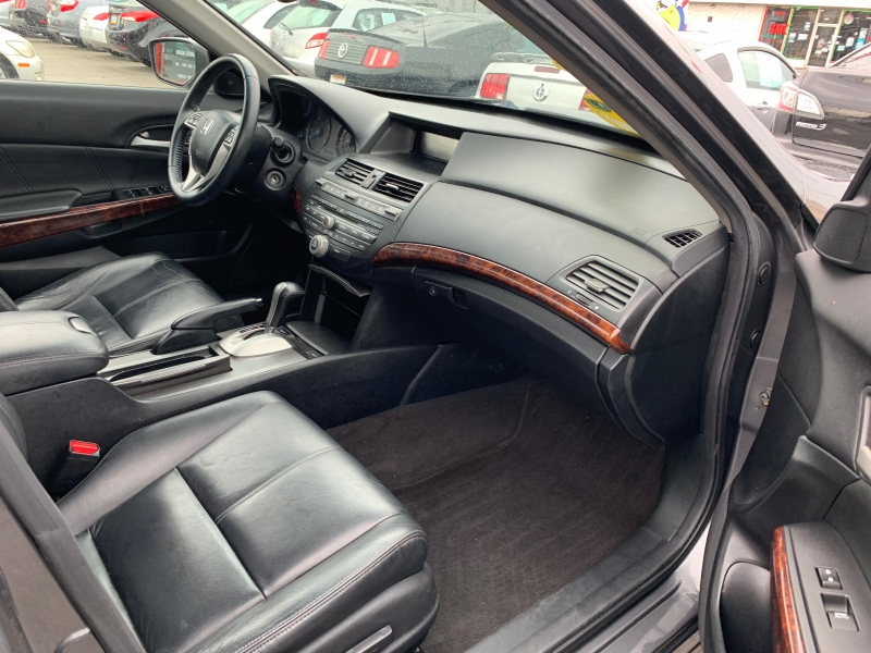 Honda Accord Crosstour 2010 price $11,995